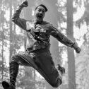 """""""Τζότζο"""": Η οργή της σάτιρας για τη ναζιστική κουλτούρα…"""